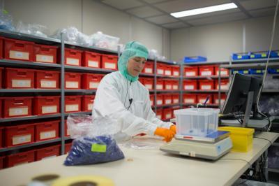 Medische hulpmiddelen, halffabricaten en grondstoffen